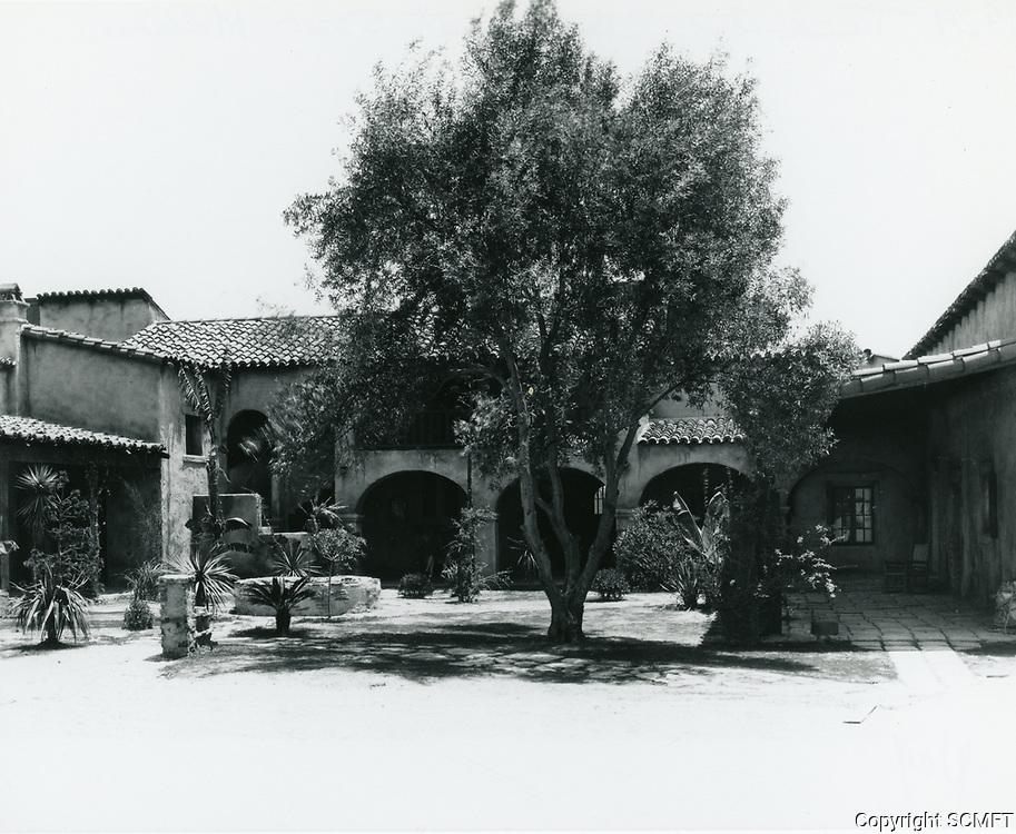 1929 Tec-Art Studios