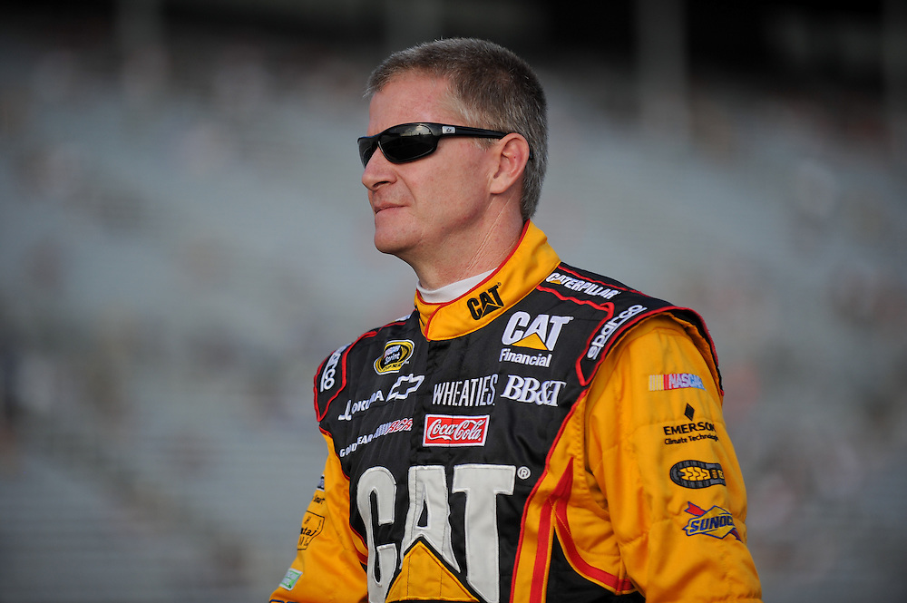 August 31, 2012; Hampton, GA, USA; NASCAR Sprint Cup Series driver Jeff Burton (31) during qualifying for the AdvoCare 500 at Atlanta Motor Speedway. Photo by Kevin Liles/kevindliles.com