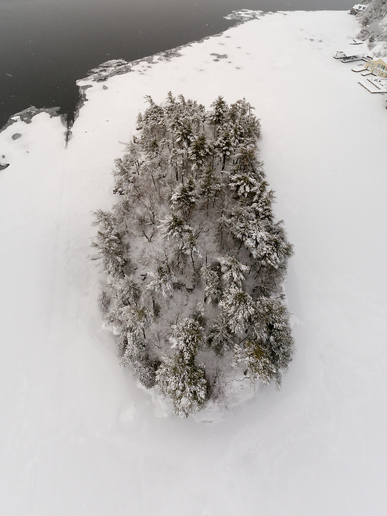 http://Duncan.co/beaulieu-island-aerial-photo