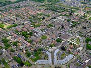 Nederland, Noord-Brabant, Gemeente Heusden, 14-05-2020; regio Langestraat, het dorp Drunen met Sint-Lambertuskerk.<br /> The village of Drunen with Sint-Lambertuskerk.<br /> aerial photo (additional fee required);<br /> copyright foto/photo Siebe Swart