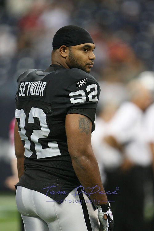 ©2009 Tom DiPace Photography<br /> All Rights Reserved<br /> 561.968.0600<br /> Richard Seymour of the Oakland Raiders.<br /> 10.04.2009<br /> Houston, Texas<br /> <br /> www.dipacefotos.com<br /> tdfoto@comcast.net