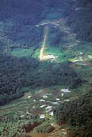 Pista de aterrizaje en zona minera del Amazonas, venezuela.