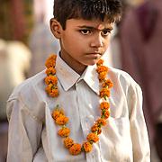 2010 04 19 Varanasi Uttar Pradesh Indien<br /> Porträtt av en liten pojk<br /> ----<br /> FOTO : JOACHIM NYWALL KOD 0708840825_1<br /> COPYRIGHT JOACHIM NYWALL<br /> <br /> ***BETALBILD***<br /> Redovisas till <br /> NYWALL MEDIA AB<br /> Strandgatan 30<br /> 461 31 Trollhättan<br /> Prislista enl BLF , om inget annat avtalas.