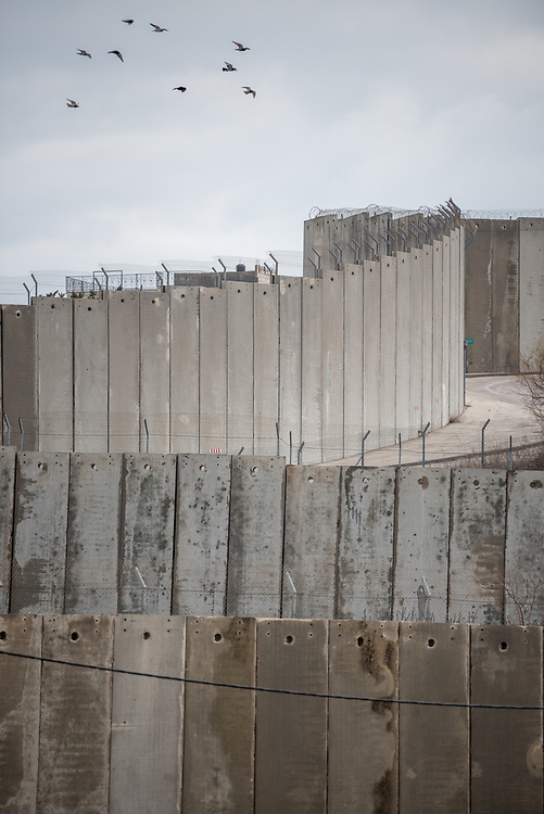 25 February 2020, Jerusalem: The separation wall closes off Bethany from Ras al Amoud near the Mount of Olives.