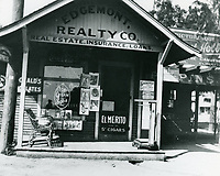 1907 Edgemont Realty at Hastings Place in East Hollywood at Hollywood Blvd. & Vermont Ave.