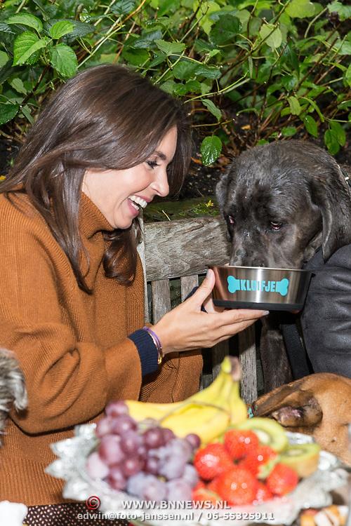 NLD/Blaricum/20191004 - Lancering hondenmerk Kluif van Rosanna Kluivert, Rosanna Kluivert