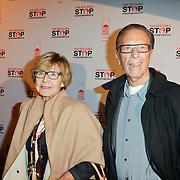 NLD/Blaricum/20111120 - Benefietdiner St. Stop Kindermisbruik, John de Mol Sr. en partner Hannie