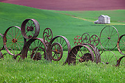 Iron Wheels Fence in Palouse Washington