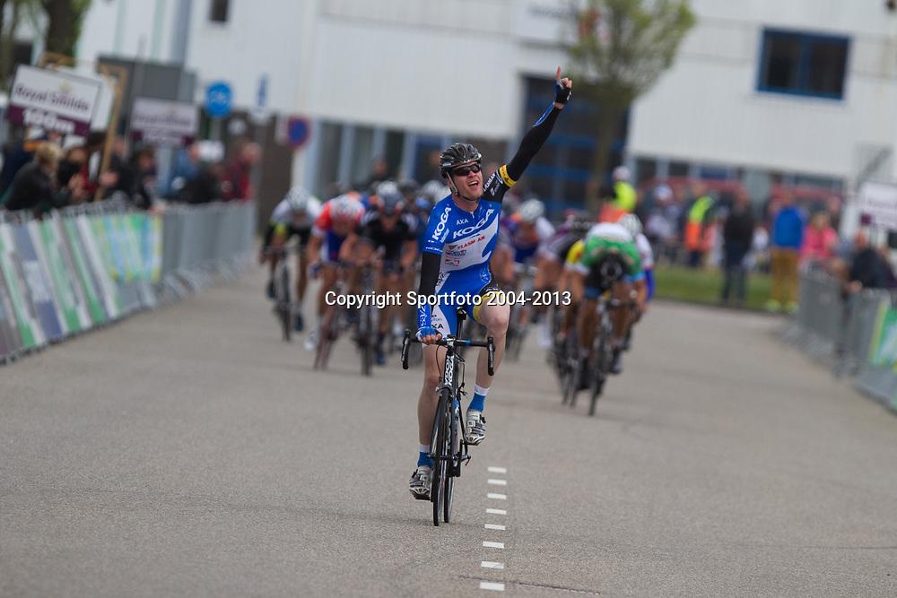 Olympia's Tour etappe Rhenen-Alkmaar Arno van der Zwet wint de etappe