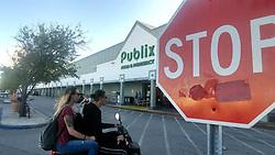 November 21, 2018 - Miami, FL, USA - La cadena de supermercados Publix estará cerrada en el Día de Acción de Gracias. (Credit Image: © Miami Herald/TNS via ZUMA Wire)