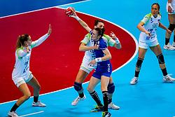 06-12-2019 JAP: Serbia - Slovenia, Kumamoto<br /> last match groep A at 24th IHF Women's Handball World Championship. / Teja Ferfolja #15 of Slovenia, /