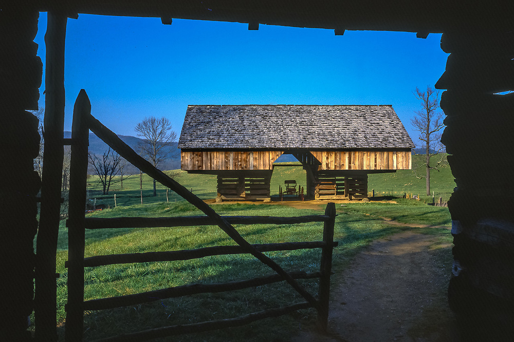 The Tipton Homestead barn, Cades Cove, Great Smmoky Mountains National Park, Tennessee, USA