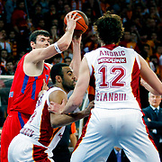 CSKA Moscow's Darjus Lavrinovic (L) during their Euroleague Top 16 basketball match Galatasaray MP between CSKA Moscow at the Abdi Ipekci Arena in Istanbul at Turkey on Thursday, February, 09, 2012. Photo by TURKPIX