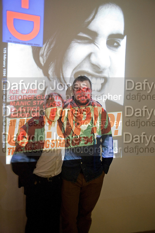 TERRY JONESS; ROCCO TOSCANI, 30 Years Of i-D - book launch. Q Book 5-8 Lower John Street, London . 4 November 2010. -DO NOT ARCHIVE-© Copyright Photograph by Dafydd Jones. 248 Clapham Rd. London SW9 0PZ. Tel 0207 820 0771. www.dafjones.com.