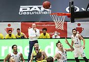 Basketball: Deutschland, 1. Bundesliga, Hamburg Towers -  EWE Baskets Oldenburg, Hamburg, 14.04.2021<br /> Justus Hollatz (Towers, r.)<br /> © Torsten Helmke