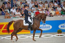 Minderhoud Hans Peter (NED) - Exquis Nadine<br /> CHIO Aachen 2009<br /> Photo © Hippo Foto