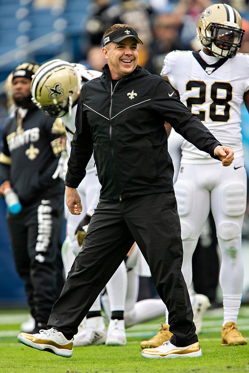 NASHVILLE, TN - DECEMBER 22:  Head Coach Sean Payton of the New Orleans Saints smiles with his team before a game against the Tennessee Titans at Nissan Stadium on December 22, 2019 in Nashville, Tennessee. The Saints defeated the Titans 38-28.  (Photo by Wesley Hitt/Getty Images) *** Local Caption *** Sean Payton