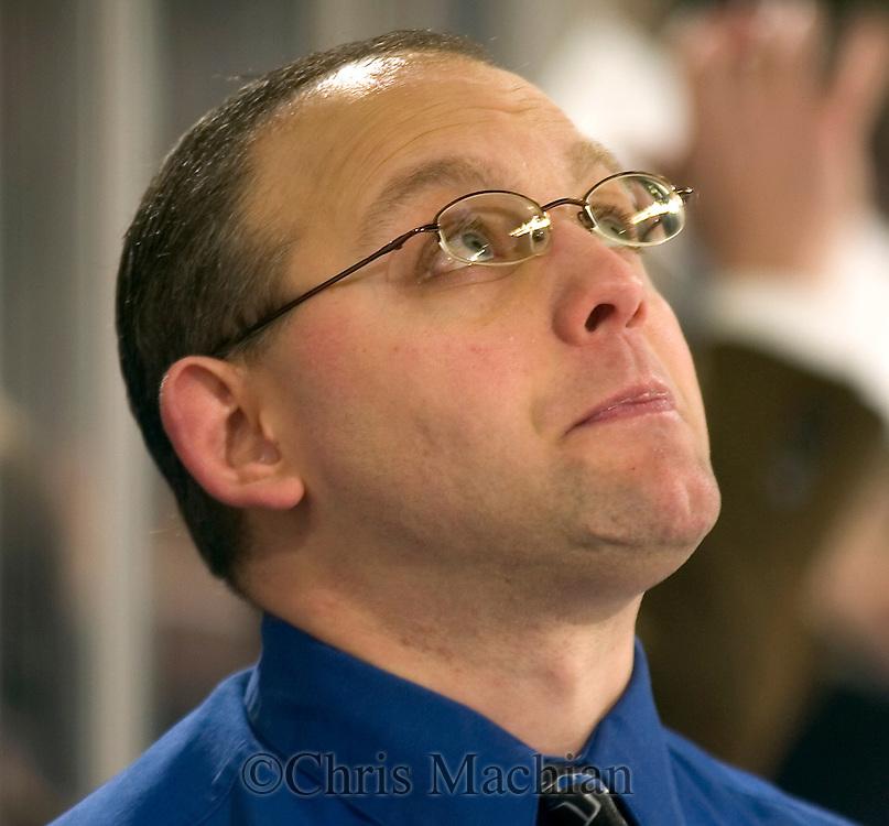 12/29/05  Omaha, NE University of Nebraska at Omaha hockey Assistant Coach Doc DelCastillo..(photo by Chris Machian/Prarie Pixel Group)