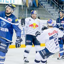 Torschütze zum 0:3 36 Yannic Seidenberg (Spieler EHC Red Bull Muenchen) <br /> 27 Matthew Smaby (Spieler EHC Reb Bull Muenchen), 34 Benedikt Kohl (Verteidiger ERC Ingolstadt), 8 Thomas Oppenheimer (Stuermer ERC Ingolstadt) beim Spiel in der DEL, ERC Ingolstadt (dunkel) -  EHC Red Bull Muenchen (weiss).<br /> <br /> Foto © PIX-Sportfotos *** Foto ist honorarpflichtig! *** Auf Anfrage in hoeherer Qualitaet/Aufloesung. Belegexemplar erbeten. Veroeffentlichung ausschliesslich fuer journalistisch-publizistische Zwecke. For editorial use only.