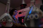 Santa Luzia_MG, Brasil...Centro de pesquisa e desenvolvimento de uma empresa. Na foto pesquisador utilizando equipamento...A company research and development Center. In this photo a researcher using equipament...Foto: LEO DRUMOND / NITRO