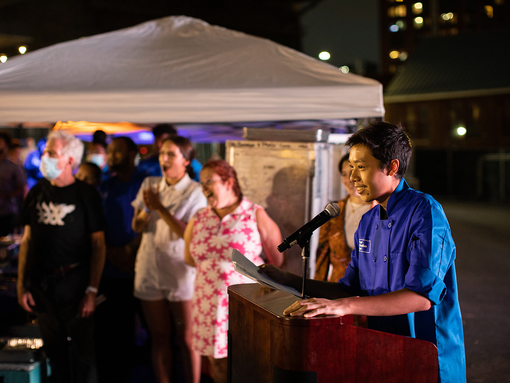 Brooklyn, NY - September 13, 2021: Photos from the Food Education Fund Gala at Domino Park in Williamsburg,<br /> <br /> Photo by Clay Williams.<br /> <br /> © Clay Williams / http://claywilliamsphoto.com