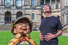 Ian Rankin Signs Oor Wullie statue, Edinburgh, 30 July 2019