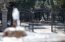 THEMENBILD - das Tor zum Garten des Königspalasts. Die Stadt Madrid ist eine der größten Metropolen in Europa. Sie liegt im Zentrum der iberischen Halbinsel und ist Hauptstadt von Spanien. Aufgenommen am 25.03.2016 in Madrid ist Spanien // Madrid is on of the biggest metropolis in Europe. It is located in the center of the Iberian Peninsula and is the capital of Spain. Spain on 2016/03/25. EXPA Pictures © 2016, PhotoCredit: EXPA/ Jakob Gruber