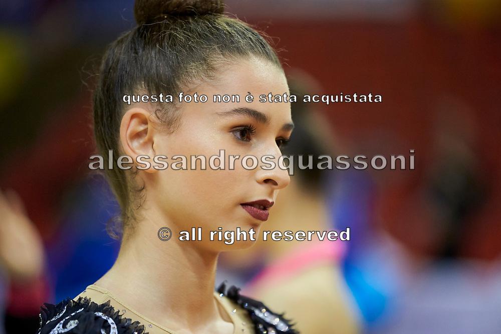 Laura Paris atleta italiana di ginnastica ritmica fa parte della Nazionale Italiana.