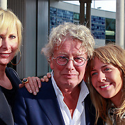 NLD/Rijswijk/20110620 - CD presentatie Patty Brard, jan des Bouvrie en partner Monique en dochter Bo