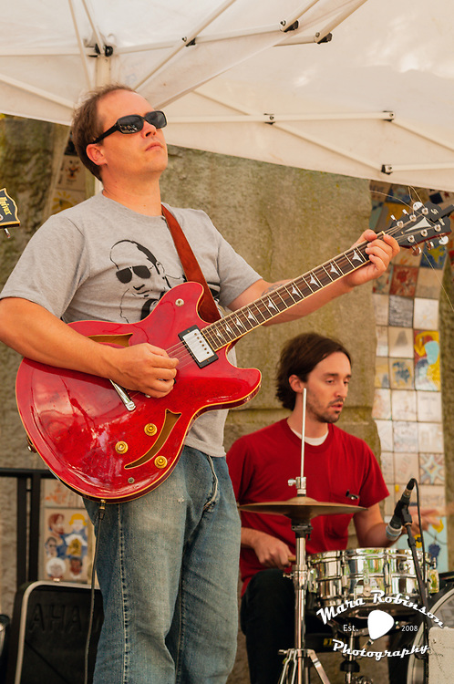 Volta Sound Open Air at Market Square by Cleveland music photographer Mara Robinson