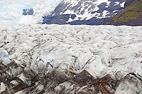 Islande, marcheurs sur le glacier Skaftafellsjökull, langue glaciere du glacier Vatnajokull // Iceland, walk on Skaftafellsjökull glacier, part of Vatnajokull glacier