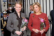 Handing-over of the first two parts of the new history of Dutch literature by princess Máxima and princess Mathilde of Belgium in the Main church in breda, Netherlands<br />