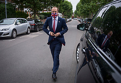 © Licensed to London News Pictures. 21/06/2021. London, UK. Health Secretary MATT HANCOCK leaves his London home. Former chief advisor to number 10, Dominic Cummings, has released a series of attacks on government handling of the coronavirus pandemic. Photo credit: Ben Cawthra/LNP