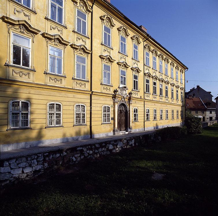 Gruber Palace