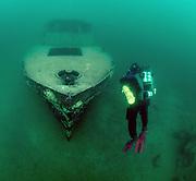 KISS Spirit rebreather diver descending on Silver Comet at Dutch Springs, Scuba Diving Resort in Pennsylvania
