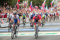 Sykkel VM / UCI 2017 Road worlds championships<br /> Men Elite Road Race<br /> 24.09.2017<br /> Bergen , Norway<br /> Peter Sagan (L) , SVK just a few centimeters ahead of<br /> Alexander Kristoff (R) , NOR<br /> Foto: Astrid M. Nordhaug