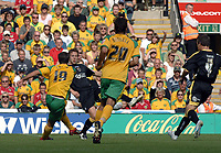 Photo: Ashley Pickering.<br /> Norwich City v Cardiff City. Coca Cola Championship. 01/09/2007.<br /> Simon Lappin of Norwich (L) lobs a long range shot into the back of the net to open the scoring