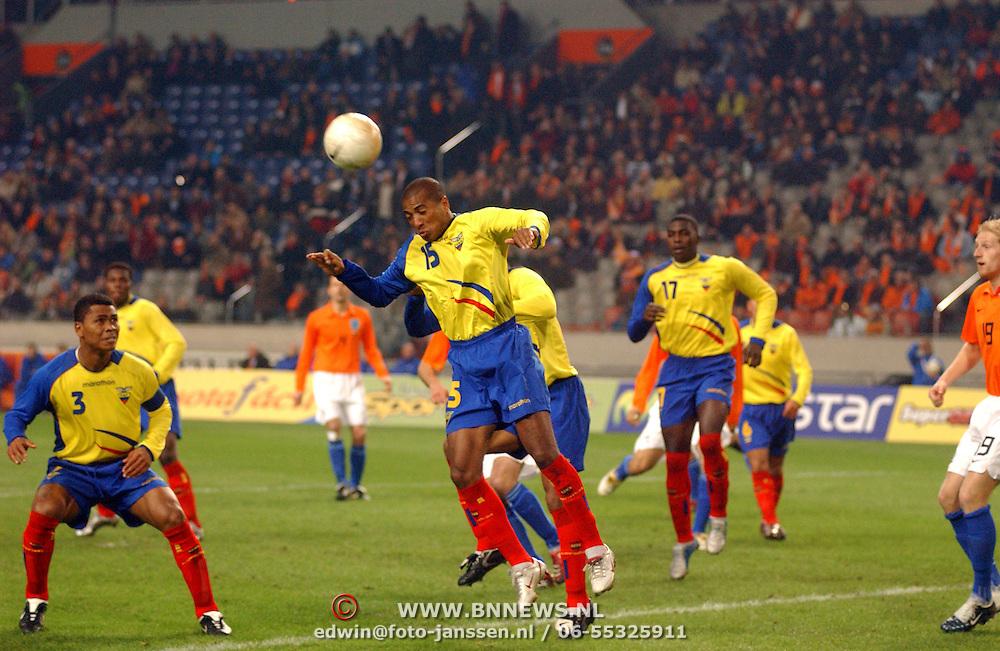 NLD/Amsterdam/20060301 - Voetbal, oefenwedstrijd Nederland - Ecuador, Marlon Ayovi