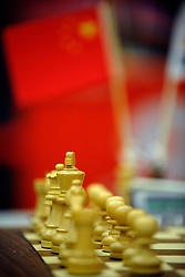 20-01-2009 SCHAKEN: CORUS CHESS: WIJK AAN ZEE<br /> Schaakstukken Bord Vlaggetjes Schaken item creative illustratief<br /> ©2009-WWW.FOTOHOOGENDOORN.NL