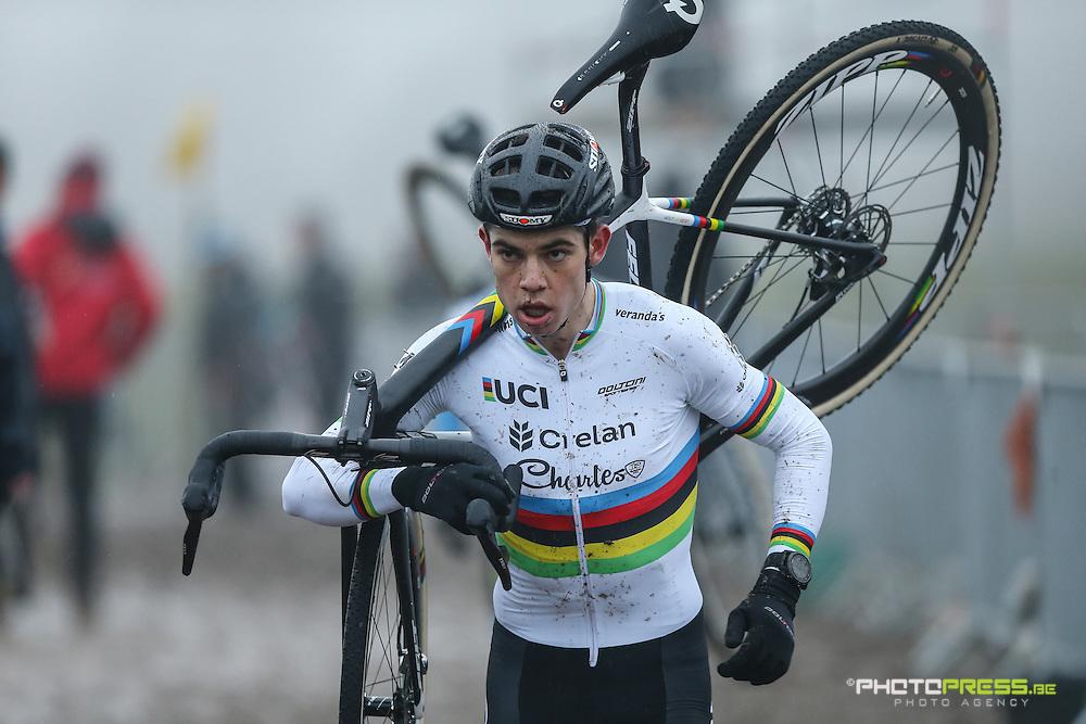 BELGIE / BELGIQUE / BELGIUM / OTEGEM / CYCLING / WIELRENNEN / CYCLISME /CYCLOCROSS / VELDRIJDEN / BELGIUM INTERNATIONAL BETAFENCE CYCLOCROSS / VAN AERT WOUT (CRELAN - CHARLES) /