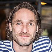 NLD/Amsterdam/20161025 - Fotomoment RTL 5 serie All-In Kitchen, Javier Guzman