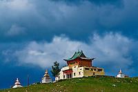 Mongolie, Arkhangai, Tsetserleg, monastere bouddhiste // Mongolia, Arkhangai province, Tsetserleg, buddhist monastery