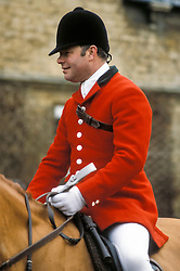 Huntsman with the Fitzwilliam Foxhounds at the New Years Day meet, Wansford, Cambridgeshire, UK, 01/01/93.
