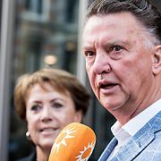 NLD/Amsterdamt/20180930 - Annie MG Schmidt viert eerste jubileum, Louis van Gaal