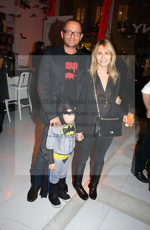 Actor SEAN PERTWEE & the HON.MRS PERTWEE with their son FREDDIE at a party to celebrate the launch of DKNY Kids and Halloween in aid of CLIC Sargent and RX Art held at DKNY, 27 Old Bond Street, London on 31st October 2006.<br /><br />NON EXCLUSIVE - WORLD RIGHTS