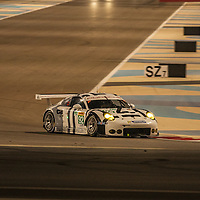 #92, Porsche 911 RSR, Porsche Team Manthey, driven by Patrick Pilet, Frederic Makowiecki, FIA WEC 6 Hours of Bahrain, 21/11/2015