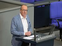DEU, Deutschland, Germany, Berlin, 07.05.2020: Peter Stein (CDU) während einer Rede bei einer Plenarsitzung im Deutschen Bundestag.