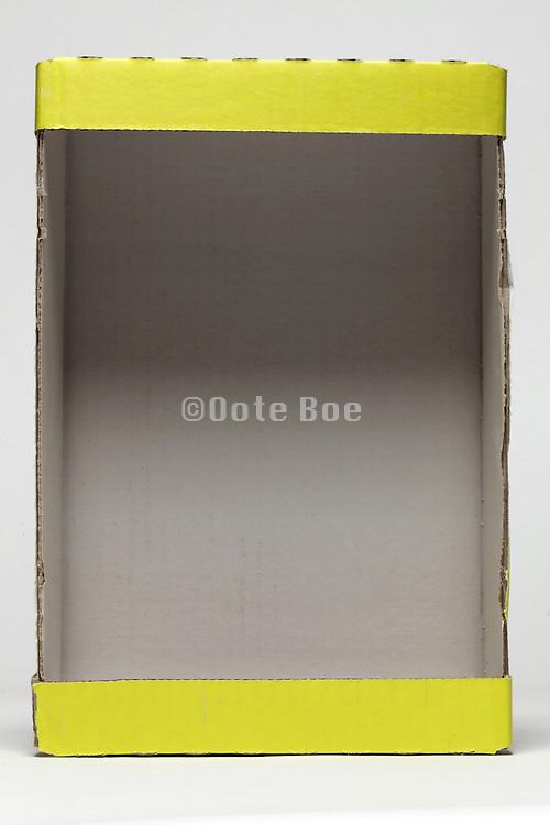 carton box with yellow edge