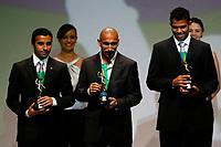 "20091207: RIO DE JANEIRO, BRAZIL - Brazilian Football Awards 2009 (""Craque Brasileirao 2009""), held at the Museum of Modern Art in Rio de Janeiro. In picture: L-R - Maldonado (Flamego, 2nd), Guinazu (Internacional) - Best central midfielder - left side, Sandro (Internacional, 3rd). PHOTO: CITYFILES"