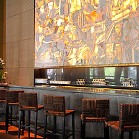 South America, Peru, Urubamba. Kiri Bar at Tambo del Inka Resort & Spa in the Sacred Valley.